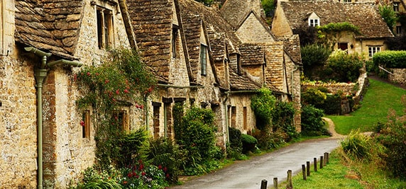 Discover the Cotswolds with MVR Car Hire